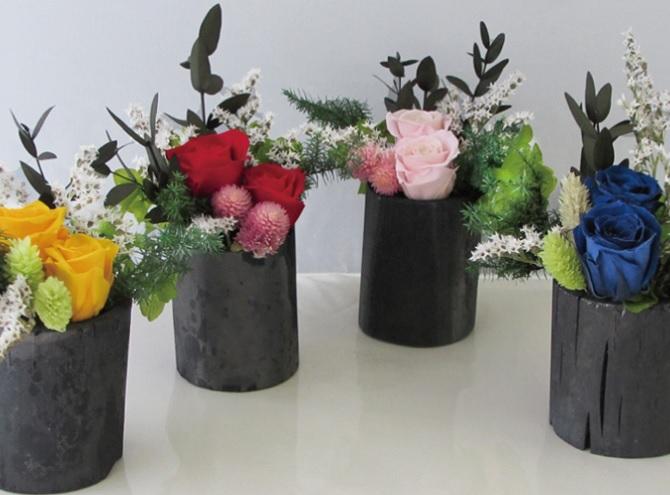 竹炭の花飾りのギフト