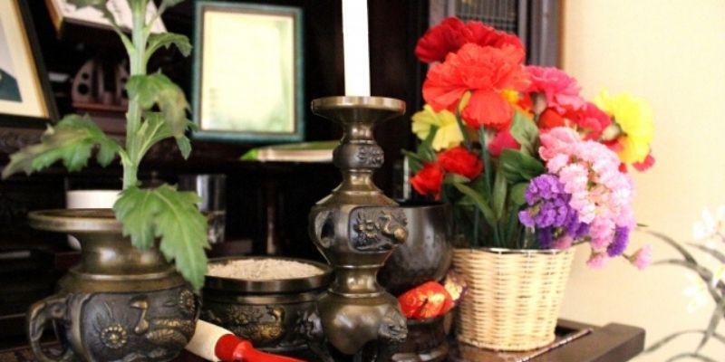 仏壇と仏花